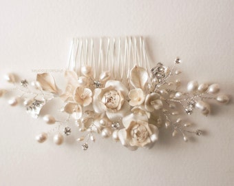 Bridal hair comb. Vine flower pearl hair comb. Wedding decorative combs. Pearl hair comb. Bridal accessories.