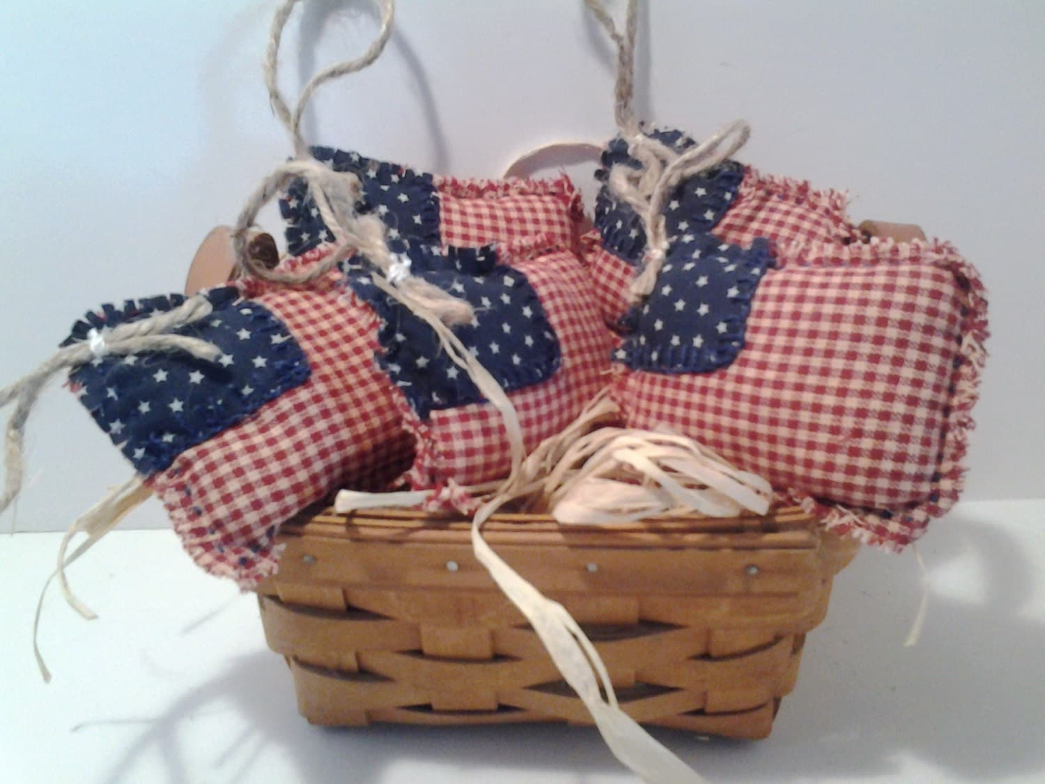 Handmade Basket Companies : Longaberger tea basket handmade filled with
