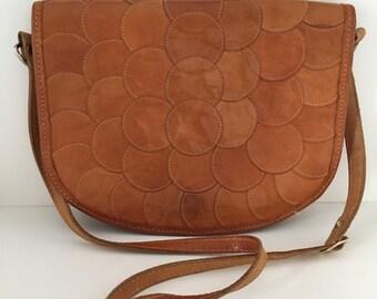 Vintage Brown Leather Purse Circle detail