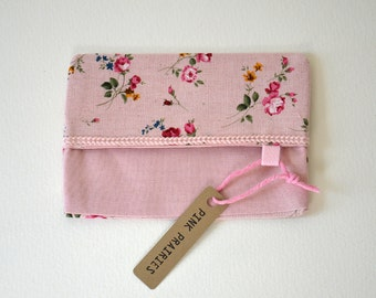 Travel Tissue Holder / Pink Floral Linen Fabric Pouch