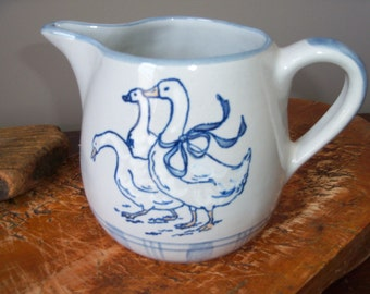 Louisville Stoneware Gaggle of Geese Pitcher