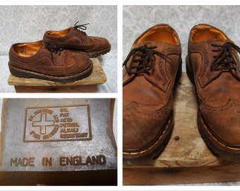 Vintage Retro Men's 90's Doc Martens Shoes DR Martens Wingtips Dress Leather Brown Size 8 Womens Size 9.5 Made in England