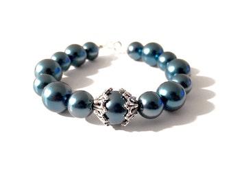 Metallic Pearl Key Bracelet