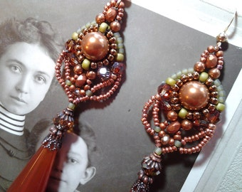 Woven beaded earrings- original pattern amber,green and copper- beautiful colors-Beautiful Vintage  drops and beads