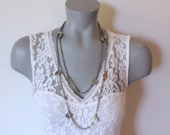 Vintage Silver Tone Long Single Strand Necklace with Faux Coin Charms (retro 70s 80s egyptian revival egypt cleopatra)