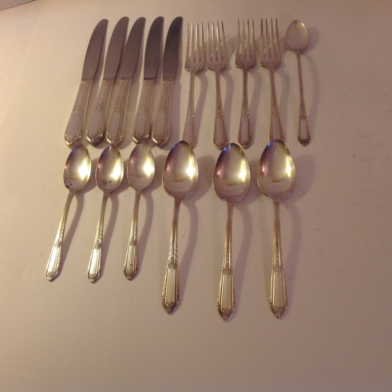 dating rogers bros silverware Liz's vintage silver flatware online shop rogers & bros, international silver plate flatware.