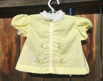 VTG Baby Girl Yellow Dress Embroidered Flowers Sz 0-6M White Peter pan Collar