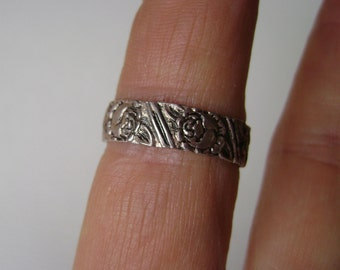 vintage sterling rose band, size 7