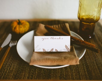 Thanksgiving Place Cards - Give Thanks - Modern Place Cards - Thanksgiving table decor - Set of 8 pieces
