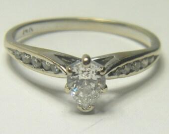 14kt white gold diamond pear shape engagement ring