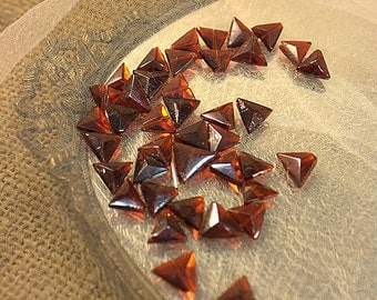 Antique  glass sewons/Red/ 10x13mm triangle/40pcs