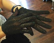 Vintage 50's Black Wear Right Crochet Gloves-Wrist Length