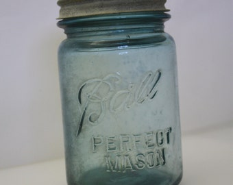 Perfect Mason Ball Jar Pint Size Blue/Green/Aqua Ships Free
