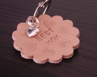 "Ruffled leather key chain ""Best Mom"""