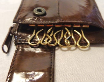 Choice of Eelskin keycases with zippered coin slots or change holders 6 key holder sand or dark brown unused vintage