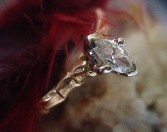 18K Yellow Gold 0.25 Ct Marquise Cut Diamond Solitaire Ring  (st - 1665)