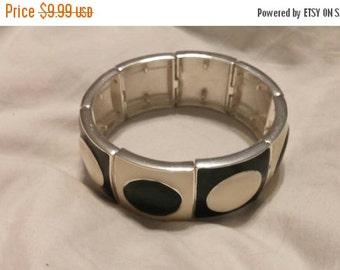 On Sale Black and Silver Toned Art Deco Expandable Black Rectangular Bracelet Costume Jewelry Fashion Accessory