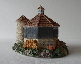 Vintage 1995 O'Leary's Octagon Barn The Farmstead Collection Country Chic