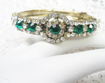 OOAK Vintage Gold and Green RHINESTONE Bangle/Cuff Bracelet - snap closure - gold tone metal - irish wedding -safety chain - Bridesmaid gift