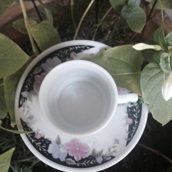 Tiny Demi toss tea cup Birdfeeders
