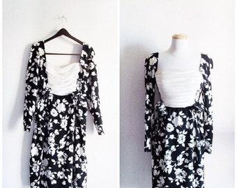 SALE High Tea // Vintage 70s Dress // 1970s Silk Black and White Floral James Galanos Dress