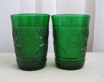 Set of Two Vintage 1950's Forest Green Sandwich Glass Tumblers Anchor Hocking