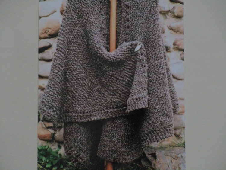 Knitting Pattern Oat Couture Knit Ruana by BarneswallowFarm