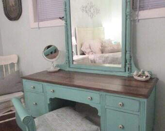 Sold-Shabby Chic Vanity