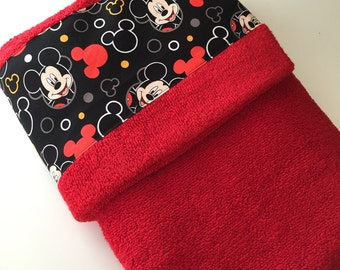Mickey Mouse Themed Print Hooded Toddler Bath Towel