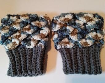 crochet crocodile boot cuffs