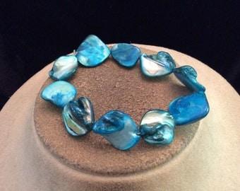 Vintage Chunky Blue Glass Shell Bracelet