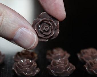 8 resin cabochons roses, 18 mm x 7 mm, 4 pairs roses, flat back, brown roses