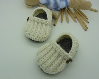 Slippers crochet baby shoes Simone