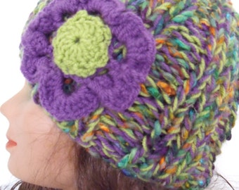 Variegated beanie with purple flower