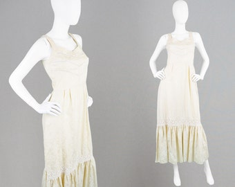 Vintage 70s Cream Maxi Dress 1970s Boho Dress Cotton Damask Dress Jacquard Dress Flounce Hem Embroidered Dress Gypsy Dress 1970s Maxi Dress