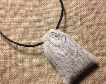 French Script Lavender Sachet Necklace - Organic Lavender