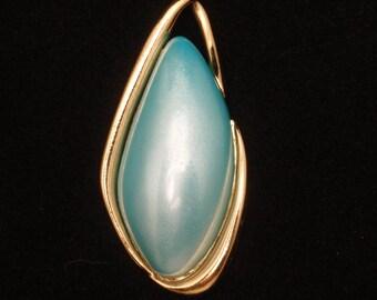 Trifari Free Form Pendant Blue Glass