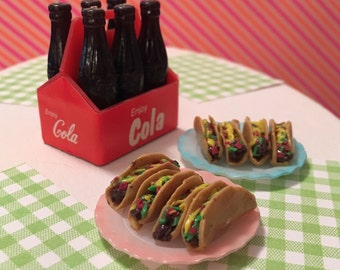 Miniature Taco (playscale 1:6 scale diorama play mini for fashion/teen dolls) Mexican Food Tacos