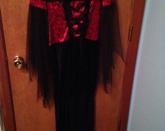 Vampire red and black witchy costume high-low dress