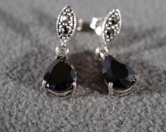 Vintage Sterling Silver Black Onyx Dangle Pierced Earrings Jewelry **RL