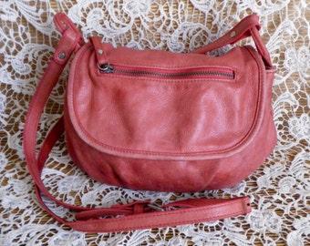 Vintage Pink Leather Medium Size Hand Bag Shoulder Strap Purse