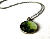 Round green resin necklace / Seaweed pendant / Ocean inspired jewelry / Botanical necklace / Mermaid necklace / Gift for her / FREE SHIPPING