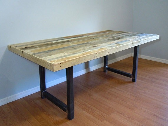 Pallet Dining Table SALE Reclaimed Pallet Dining Table : il570xN897712250mz8s from www.etsy.com size 570 x 427 jpeg 47kB