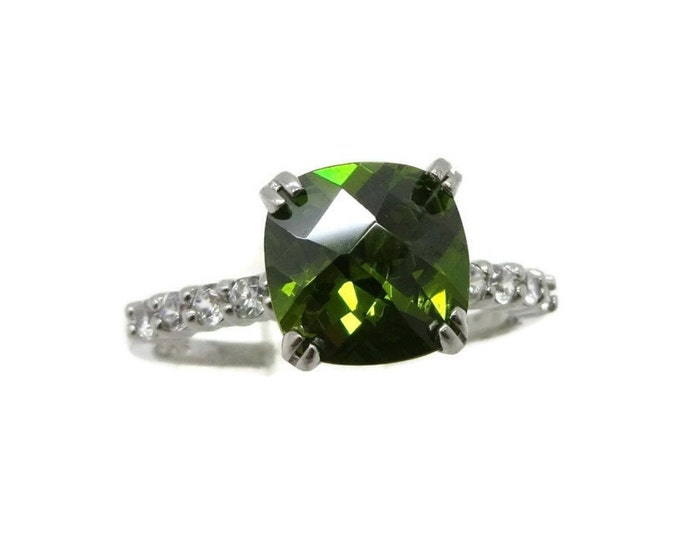 Peridot and CZ Ring, Vintage Sterling Silver Faceted Green Peridot Ring, Engagement Ring, Size 7