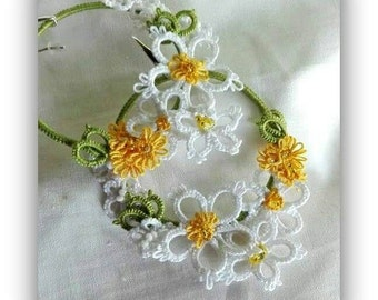 Lace jewels, tatted lace, tatted earrings, tatted hoop earrings, daisies earrings, hoop earrings, handmade jewels