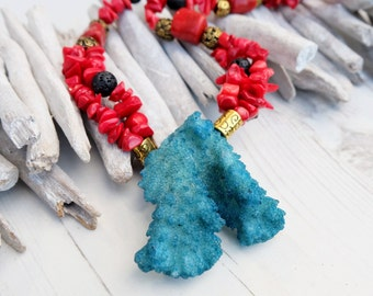 Chunky Gemstone Necklace-Natural Crystal Gemstone Necklace-Statement Coral Lava Necklace-Large Rough Coral-Boho Black Red Turquoise Necklace