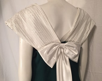 Vintage All About the Bow in the Back Plus Size 1X Green and White Sleeveless Formal Column Dress Size 40 Nineties 90s