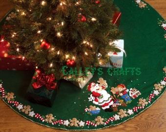 "Bucilla Christmas Cookies ~ 44"" Felt Tree Skirt Kit #86149, Santa & Elves Baking DIY"