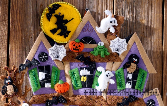 Bucilla haunted house felt halloween wall hanging kit for Diy haunted house walls