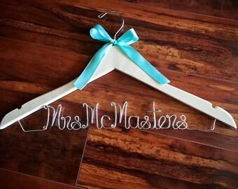 SALE Bridal Hanger, Bride Hanger with Bow, Name Hanger, Wooden Wedding Hanger, Personalized Bridal hanger, Bridal Gift, red wire hanger